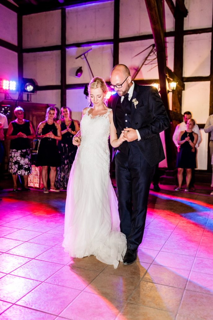 Wedding Hochzeitsfotograf Hochzeitsparty Eröffnungstanz
